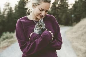 Tanda-tanda Kucing Menyukaimu