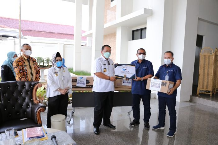 Pemprov Lampung Terima Bantuan Covid-19 dari Media Group