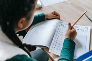 3 Berita Terpopuler Gaya: Metode untuk Blended Learning Hingga Cara Alami Hilangkan Komedo