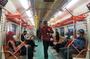 PPKM Level 2, Transportasi Umum di Jakarta Boleh Angkut Penumpang 100%