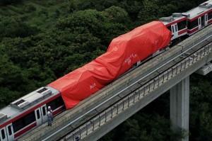 Penampakan Kereta LRT Jabodetabek yang Bertabrakan di Cibubur
