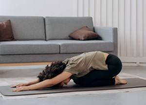 Lakukan Stretching, Rasakan 9 Manfaatnya