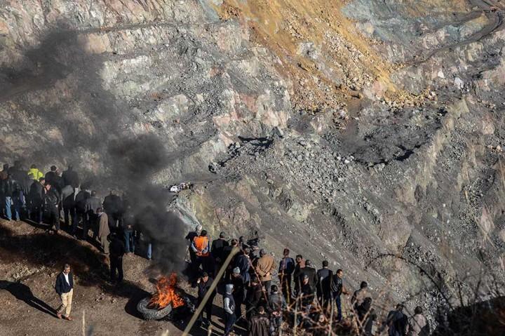 3 Tewas, 13 Terjebak Akibat Runtuhnya Tambang di Turki