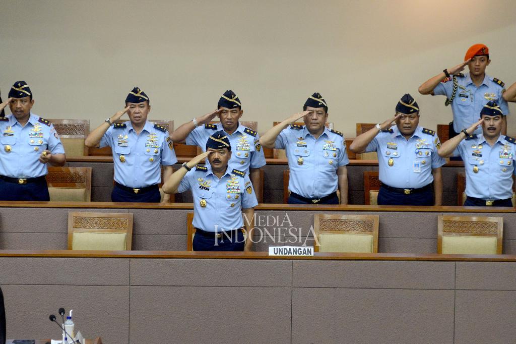 Paripurna DPR Setujui Hadi Tjahjanto Menjadi Panglima TNI
