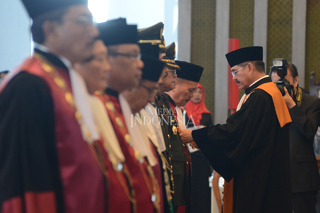 MA Lantik 10 Ketua Pengadilan Tinggi