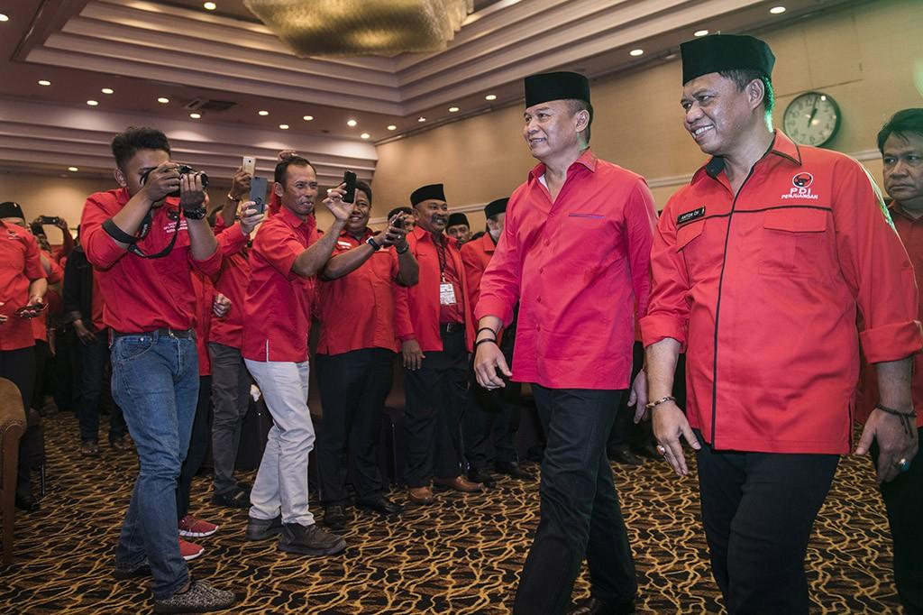 PDIP Resmi Usung TB Hasanuddin-Anton Charliyan di Pilgub Jabar
