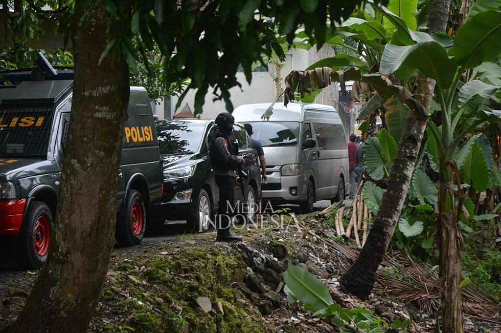 Densus 88 Tangkap Terduga Teroris di Banyumas dan Temanggung