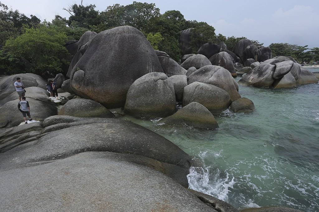 Keindahan Pantai Tanjung Tinggi Belitung
