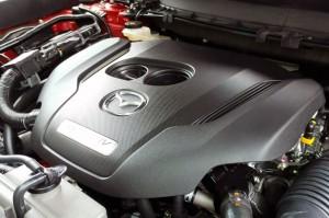All New CX-9 menggunakan mesin Skyactiv-G 2.488 CC Turbocharger bertenaga 231 ps dan torsi 420 nm. Tenaga ini diklaim oleh Mazda setara dengan tenaga yang dihasilkan oleh mesin V8 4.000 cc.