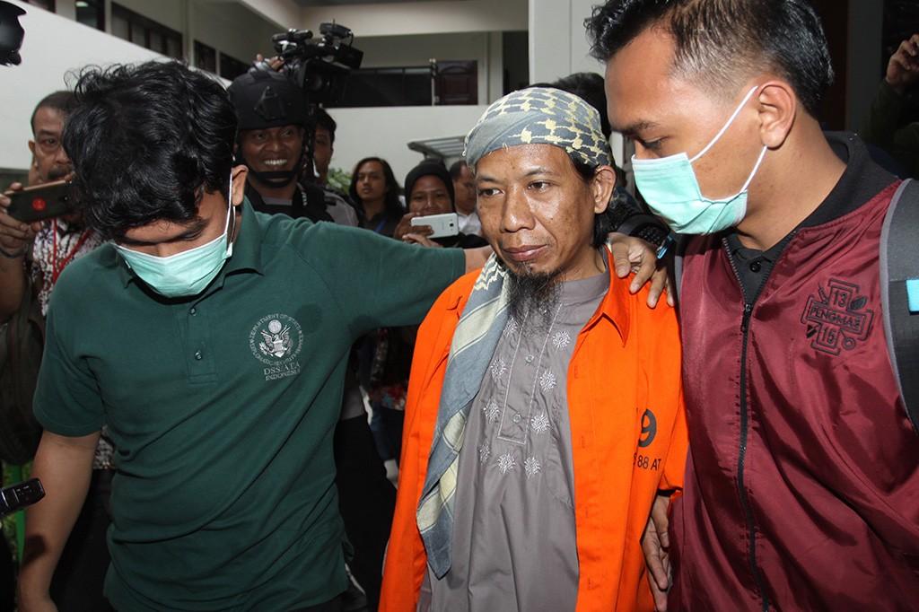 Otak Teror Bom Thamrin Aman Abdurrahman Jalani Sidang Perdana