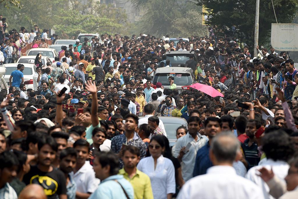 Suasana Pemakaman Legenda Bollywood Sridevi Kapoor