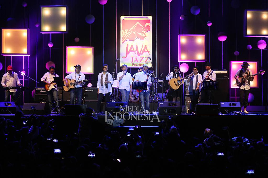 Kerennya Penampilan Elek Yo Band di Java Jazz Festival