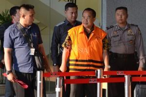 Khayub ditahan ditahan usai menjalani pemeriksaan sebagai tersangka kasus dugaan suap proyek pengadaan barang dan jasa Pemkab Kebumen Tahun Anggaran 2016.