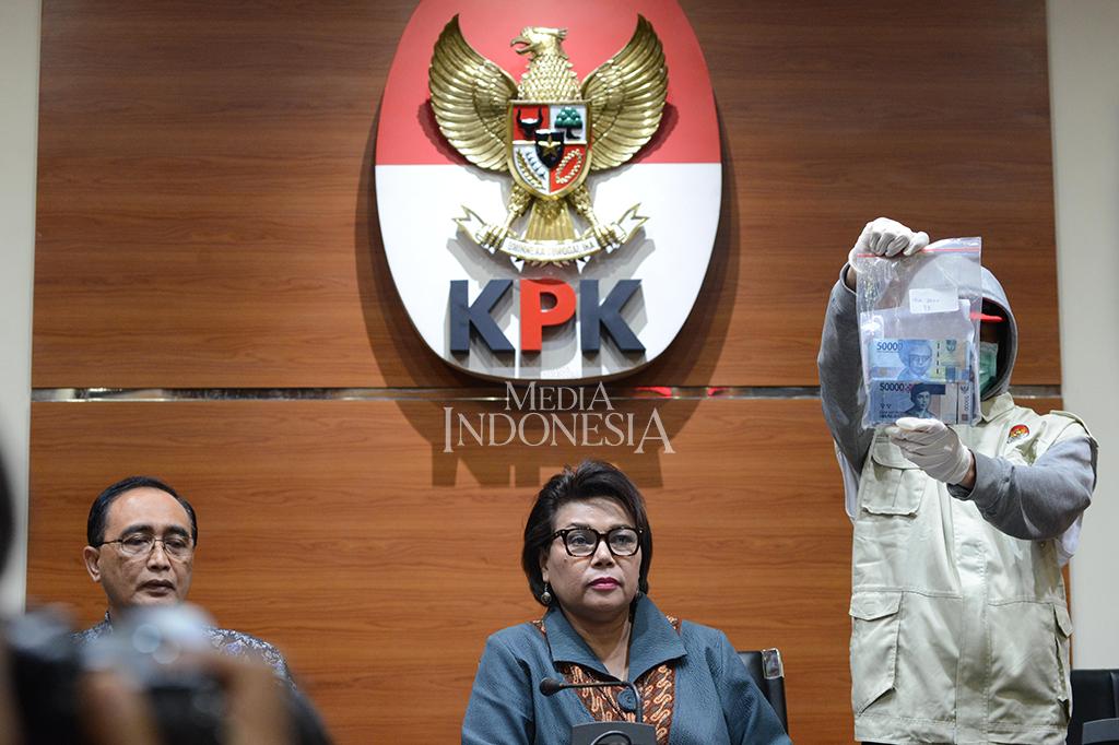 Hakim dan Panitera Pengganti PN Tangerang Jadi Tersangka