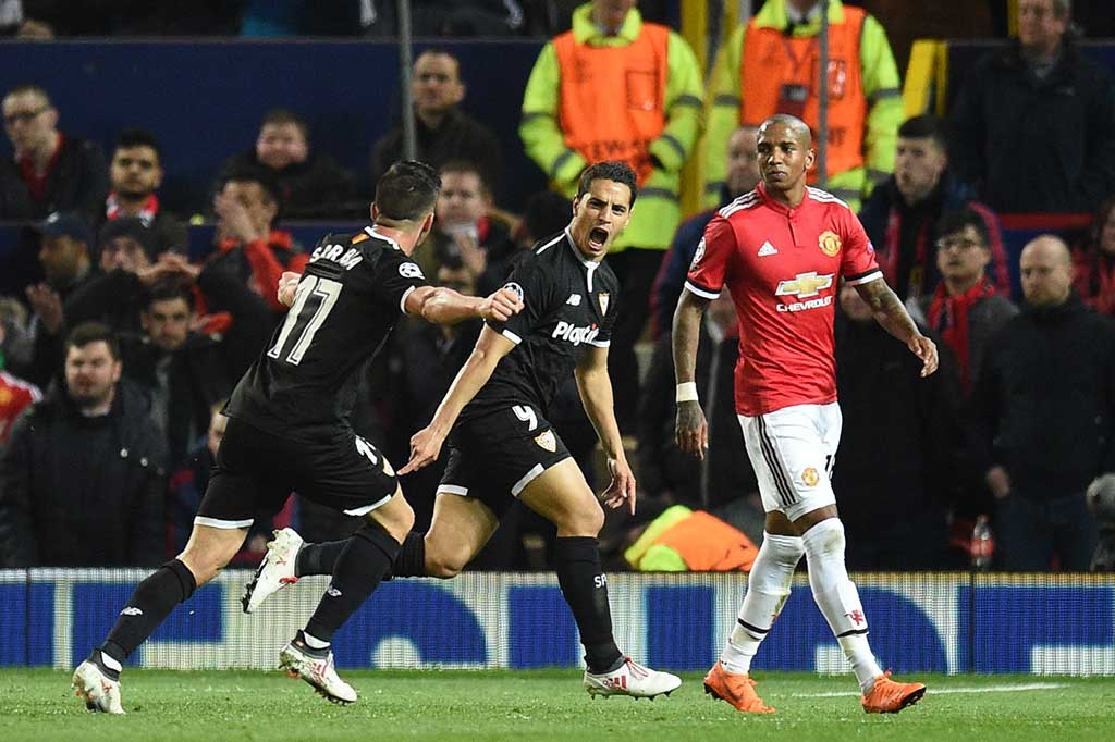 Sevilla Tundukkan MU di Old Trafford