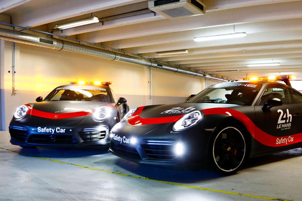 Porsche 911 Turbo, Si Penjaga Balap Ketahanan