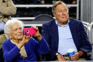 Istri Presiden ke-41 AS George HW Bush, Barbara Bush meninggal dunia pada Selasa, 17 April 2018 waktu setempat di usia 92 tahun. AFP/Tom Pennington