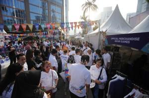 Acara yang diisi kegiatan lari jarak 5km, sepeda santai dan berbagai permainan dan tenda-tenda makanan dan minuman tersebut diselenggarakan dalam rangka menyambut penyelenggaraan Asian Games 2018 pada Agustus mendatang.