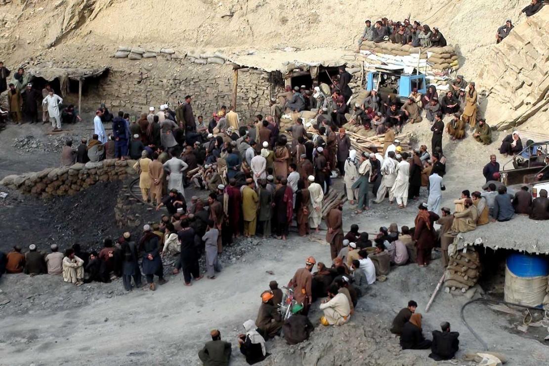 Tambang Batu Bara Runtuh, 23 Orang Tewas