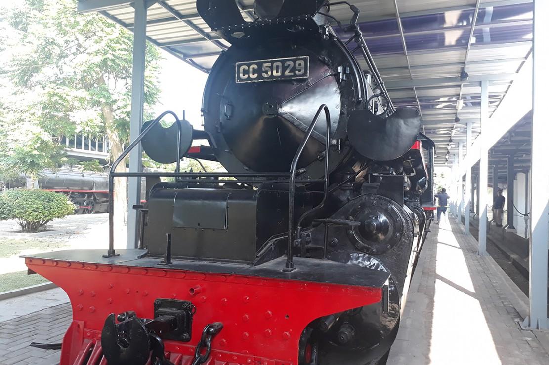 Berkunjung ke Museum Kereta Api Ambarawa