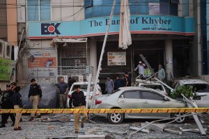 Ledakan terjadi pada Jumat pagi dan menewaskan lima orang dari satu keluarga yang menginap di hotel tersebut.