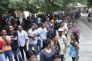 Lebih dari 700 ribu warga Timor Leste terdaftar untuk memilih di negara yang memiliki lahan yang sedikit lebih kecil dari Hawaii dan merupakan rumah bagi 1,2 juta orang tersebut.