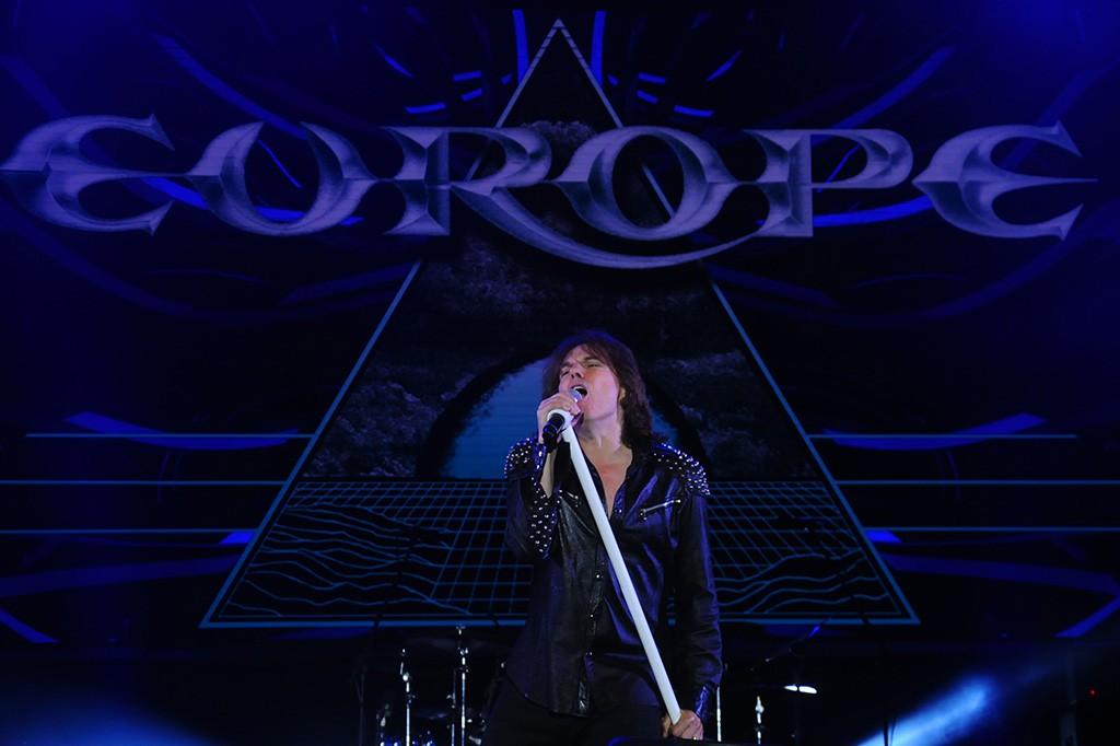 Europe menyapa para penggemarnya di Indonesia dengan membawakan sejumlah lagu di antaranya