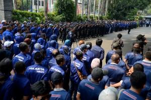 Suasana apel siaga nasional Partai NasDem di DPP Partai NasDem, Gondangdia, Jakarta.