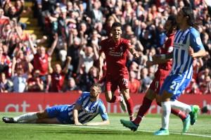 Kemudian Dominic Solanke mengemas gol di menit ke-53 dengan memanfaatkan assist Salah.