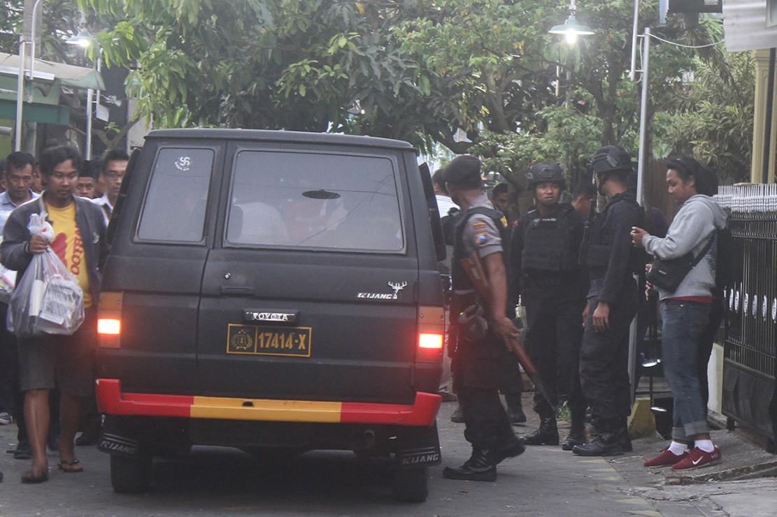 Densus 88 Tangkap 13 Anggota JAD Surabaya, 2 Ditembak Mati