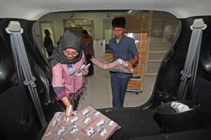 Utang luar negeri Indonesia terdiri atas utang pemerintah dan Bank Indonesia yang mencapai USD184,68 miliar atau Rp2.585 triliun, yang berarti naik 11,04 persen (yoy) dibandingkan Maret 2017 yang tercatat 166,31 miliar dolar. Kemudian ULN swasta tumbuh melambat dibandingkan utang pemerintah-BI. Utang Luar Negeri Swasta pada Maret 2018 tercatat USD174,05 miliar atau naik 6,3 persen dari kuartal I 2017 yang sebesar USD163,73 miliar. ULN di akhir kuartal I 2018 ini lebih lambat dibandingkan dengan pertumbuhan pada kuartal IV 2017 yang mencapai 10,4 persen (yoy).