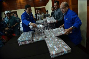 Samadikun Hartono mengembalikan sisa kerugian negara sebesar Rp87 miliar. Ini merupakan pengembalian kedua yang dilakukannya pada tahun ini. Sebelumnya dia telah mengembalkan uang mencapai Rp81 miliar.