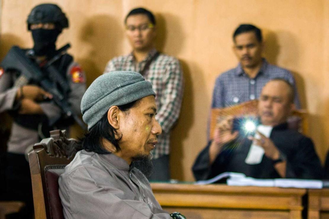 182 Petugas Amankan Sidang Tuntutan Aman Abdurrahman
