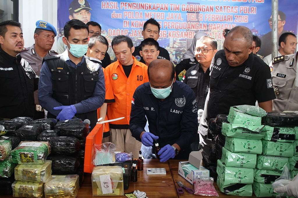 Polda Metro Jaya Musnahkan Puluhan Ribu Butir Ekstasi