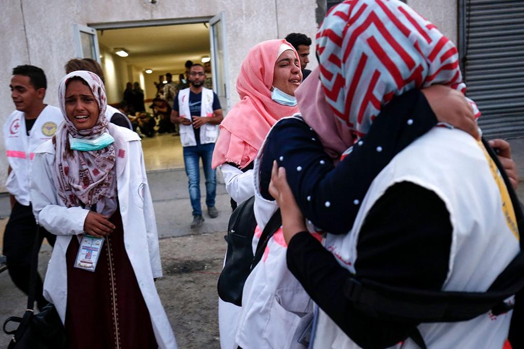 Ribuan Orang Hadiri Pemakaman Perawat Palestina yang Tertembak Israel