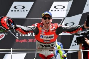 Lorenzo mengungkapkan kegembiraannya setelah kembali juara sejak 2016.