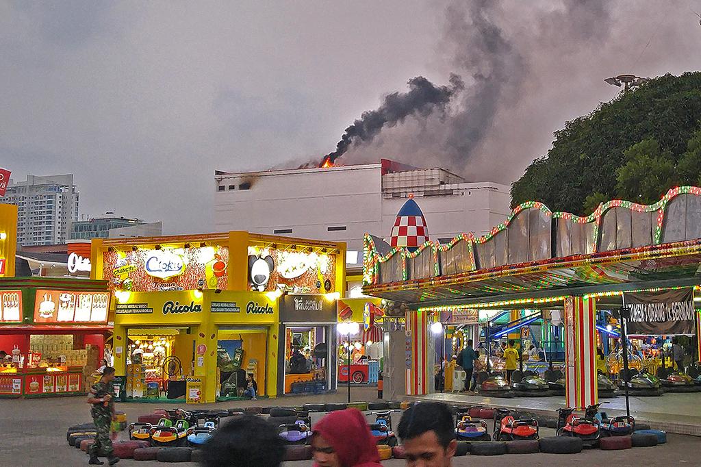 Kebakaran PRJ Kemayoran Berhasil Dipadamkan