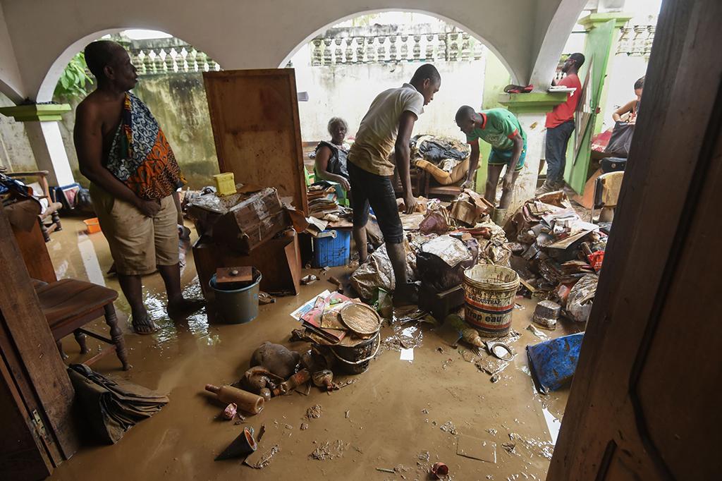 Banjir Bandang Landa Kota Abidjan Pantai Gading, 18 Tewas