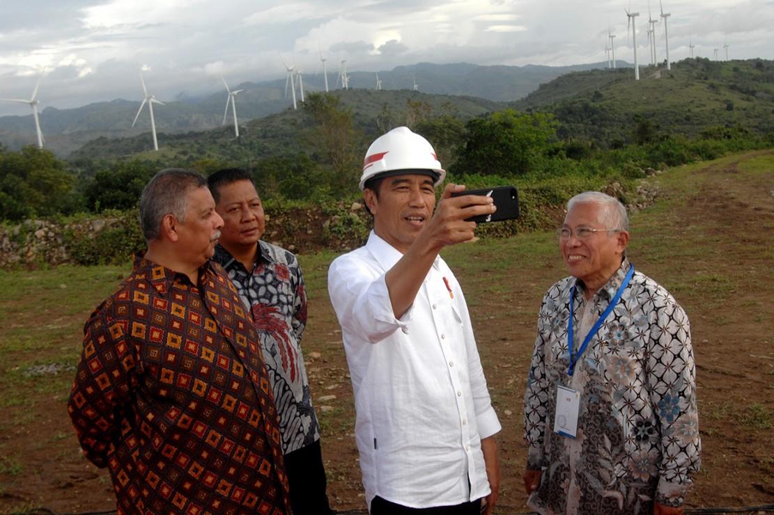 Jokowi Resmikan PLTB Sidrap