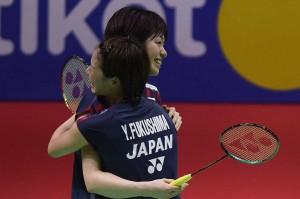 Yuki/Sayaka menundukkan rekan senegaranya Mayu Matsumoto/Wakana Magahara dalam tiga gim  21-14, 16-21 dan 21-14. Antara Foto/Akbar Nugroho Gumay