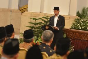Presiden Joko Widodo (Jokowi) membuka acara MTQ Internasional II, MTQ Nasional VIII Antar Pondok Pesantren, dan Kongres V Jam'iyyatul Qurra Wal Huffazh (JQH) Nahdlatul Ulama di Istana.