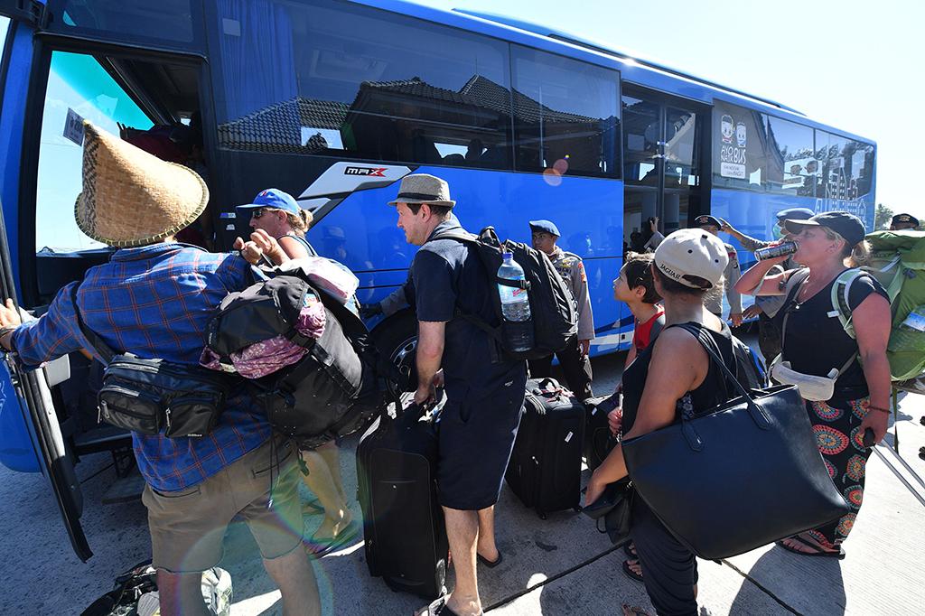 7 Ribu Turis Asing Sudah Dievakuasi dari Wisata Gili