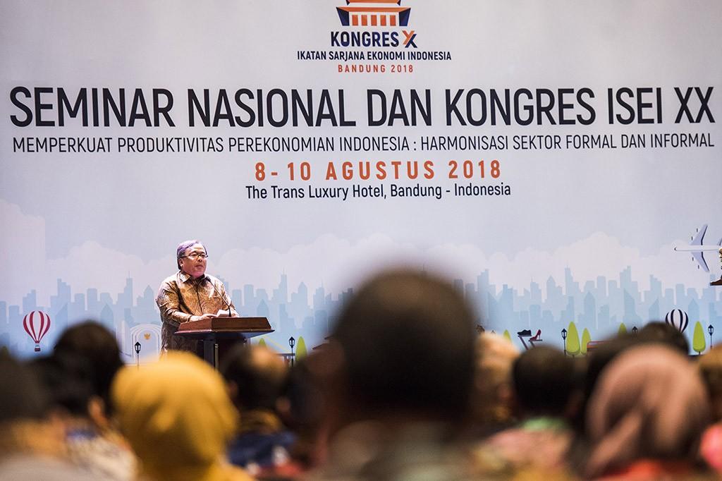JK Buka Kongres ISEI XX di Bandung