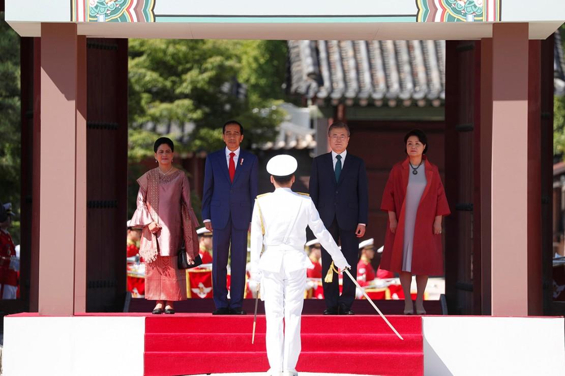 Jokowi Bertemu Presiden Korea Selatan