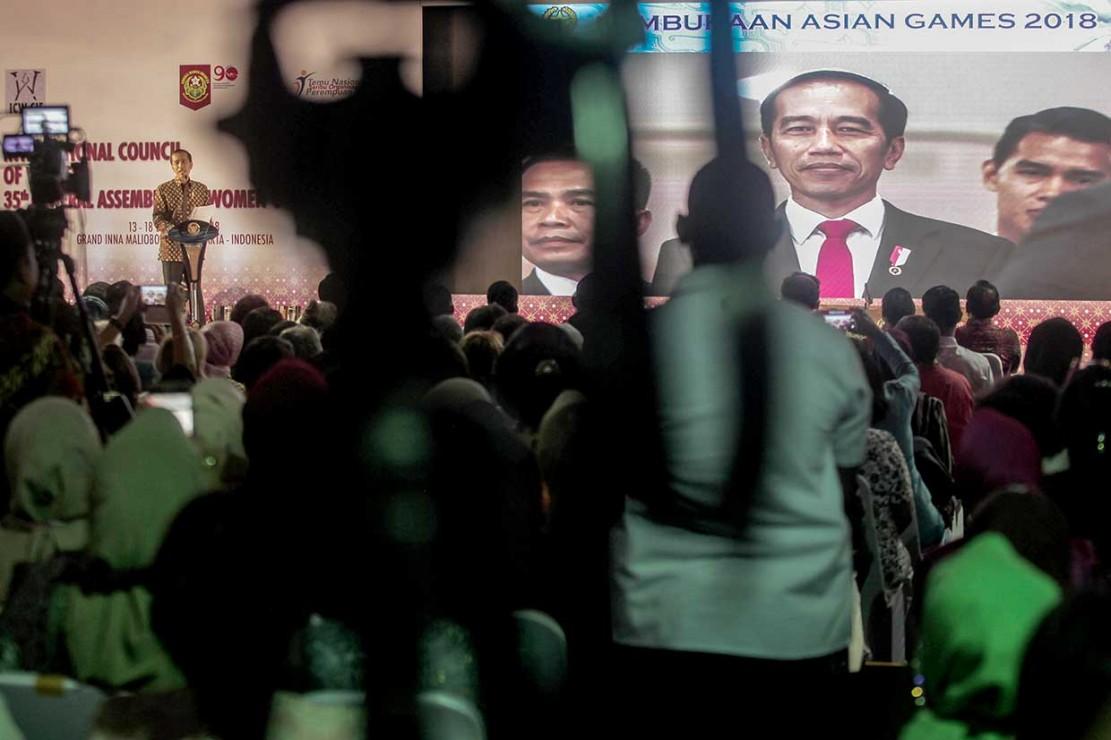 Jokowi Puji Kinerja Perempuan Indonesia
