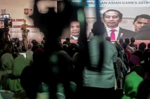 Sejumlah tokoh perempuan dinilai Jokowi turut mengharumkan nama bangsa, baik melalui bidang olahraga, pemerintahan, penjagaan perdamaian dan pendidikan.