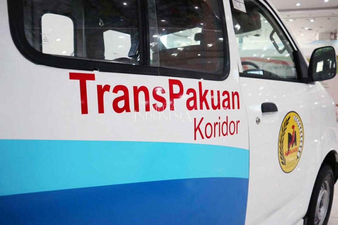 Angkot kekinian itu untuk tahap awal akan beroperasi di lintasan Trans-Pakuan Koridor (TPK) 4. TPK 4 itu melayani rute Ciawi, Baranangsiang, Otista, BTM, Sempur, Pajajaran, Warung Jambu, Pomad, hingga Ciparigi. Untuk tahap awal, baru 25 armada yang siap beroperasi. Angkot-angkot modern itu berada di bawah naungan Koperasi Duta Jasa Angkutan Mandiri (Kodjari).