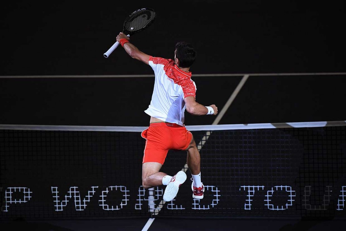 Djokovic mulai menemukan performa terbaiknya musim ini seusai pulih dari cedera siku. Dengan dua gelar Grand Slam di Wimbledon dan AS Terbuka yang diraih sebelumnya, Djokovic dipastikan mengambil takhta Roger Federer sebagai peringkat dua dunia.