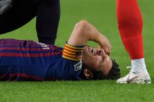 Sayangnya, kemenangan atas Sevilla, yang memuncaki klasemen pada pekan kedelapan, dibayar mahal dengan cederanya Lionel Messi.