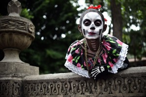 Dia de los Muertos atau dikenal pula dengan istilah Day of the Dead merupakan sebuah perayaan yang digelar oleh warga Meksiko untuk menghormati orang yang telah mati.